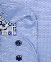 Olymp Level Five – světle modrá košile s jemnou strukturou a modro-béžovým vnitřním límcem - prodloužený rukáv